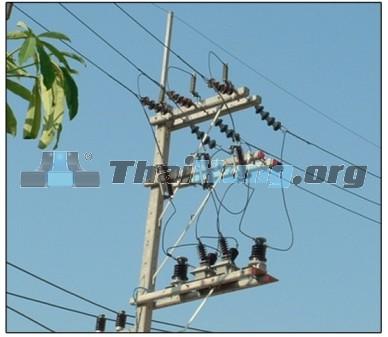 http://thaihung.org/uploads/useruploads/thaihung_org/chong-set-gan-trong-tu-bien-ap-chong-set-van-loza-thai-lan-chong-set-loza-chong-set-loza-gan-cot-dien-ha-the.jpg